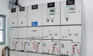 PELATIHAN MEDIUM VOLTAGE SWITCHGEAR AND POWER CIRCUIT BREAKER