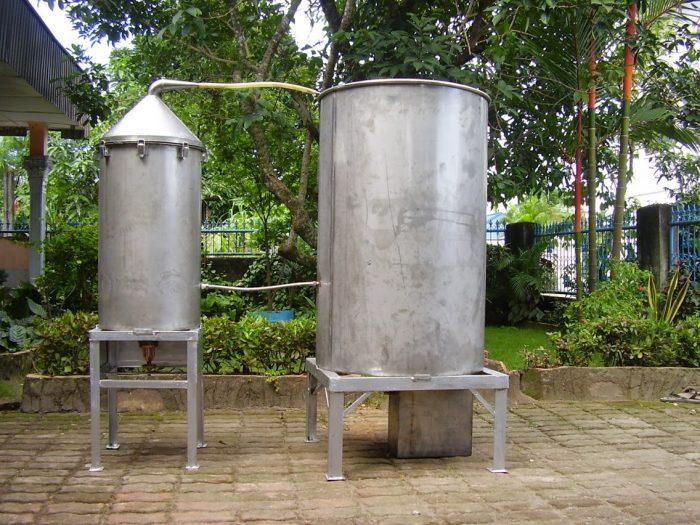 Pembuatan Minyak Atsiri dari Ekstrak Minyak Sereh dan Nilam
